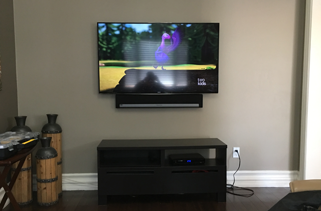 Sonos PlayBar Installed Flush to the bottom of the TV