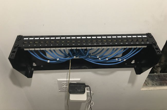 VERTICAL RACK MOUNT INSTALLATION