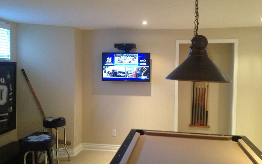 Single Component Shelf mounted above TV