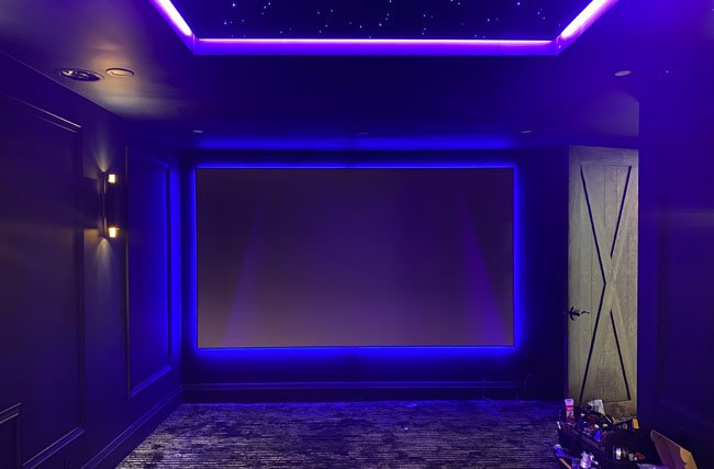Tensioned Fixed Projector Screen
