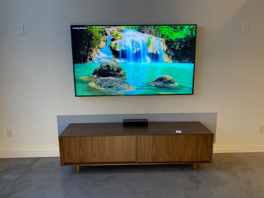 Frame TV installation with hidden One Connect in-wall cable